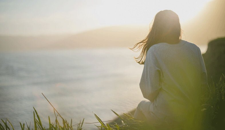 Être en alignement c'est quand vos pensées sont en accord avec vos actes. C'est-à-dire que votre vie est en adéquation avec qui vous êtes, vos valeurs, etc.