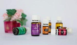 L'huile essentielle de lavande est connue en aromathérapie pour ses propriétés relaxantes. Mais elle a bien d'autres vertus à découvrir dans cet article !