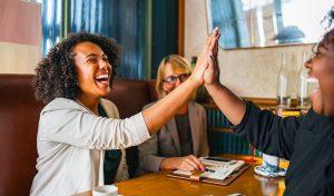Vous en avez marre de remettre au lendemain vos projets personnels ou professionnels ? Et si vous testiez ces 7 solutions pour arrêter de procrastiner ?